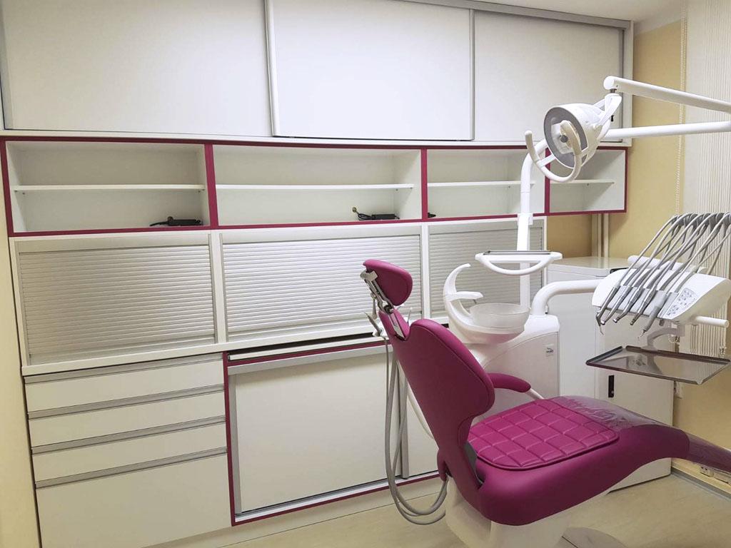 Zubna ambulancia, realizacia nabytku, realizacia interier, Ateliér Suchánek Bratislava Dúbravka showroom, motáž a servis Slovensko nábytok na mieru