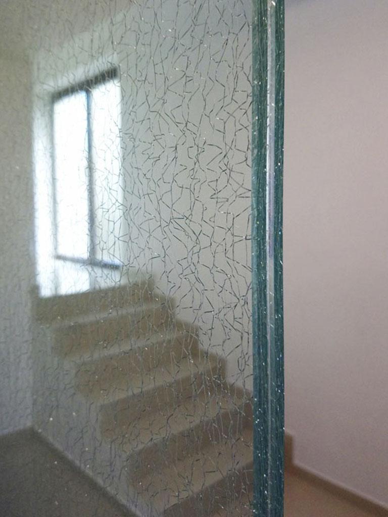 Sklo, sklenené dvere, Ateliér Suchánek Bratislava Dúbravka showroom, motáž a servis
