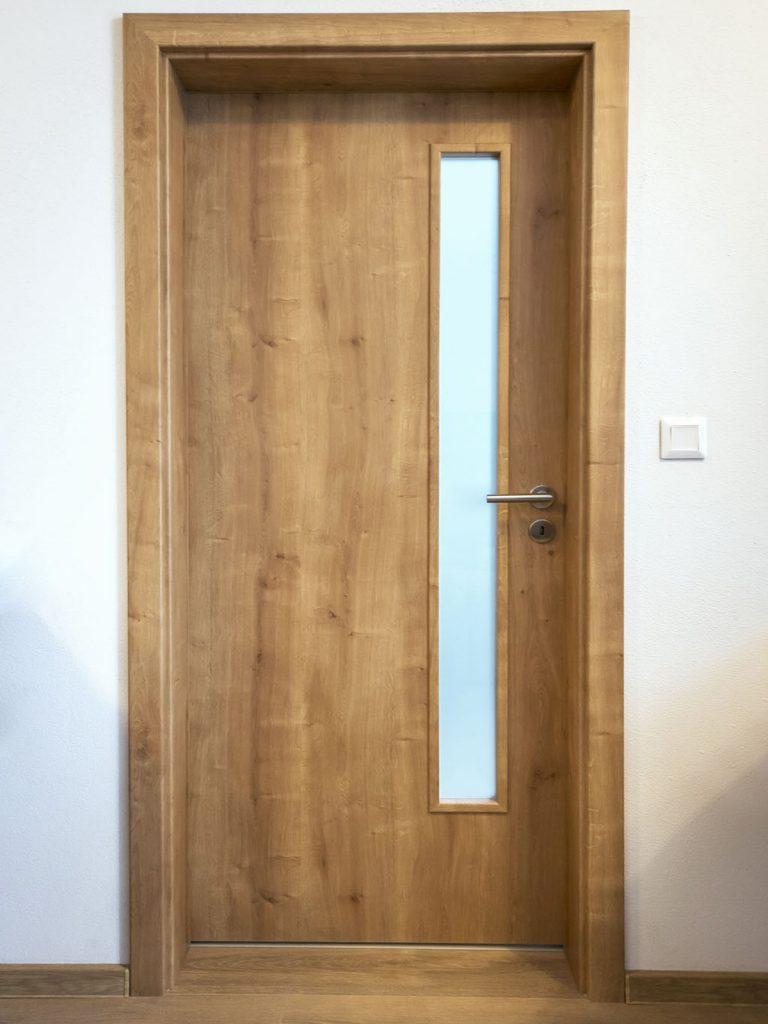 Assoprogress interierove dvere CPL, Atelier Suchanek Bratislava Dubravka showroom, motáž a servis, dvere na mieru